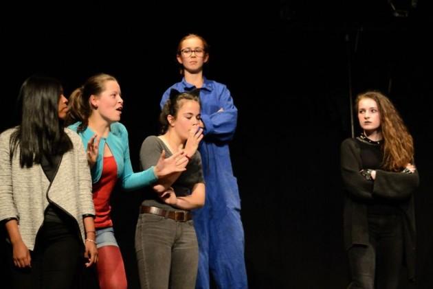 Festambul_Mai16_Paillettes_Théâtre_d_Intérêt_Général_20